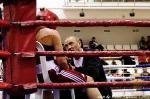 Тренер Фролов бокс